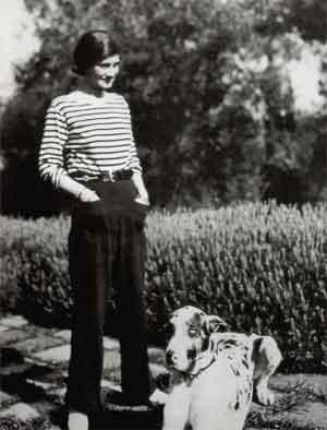 Beroemde Modeontwerpers Coco Chanel