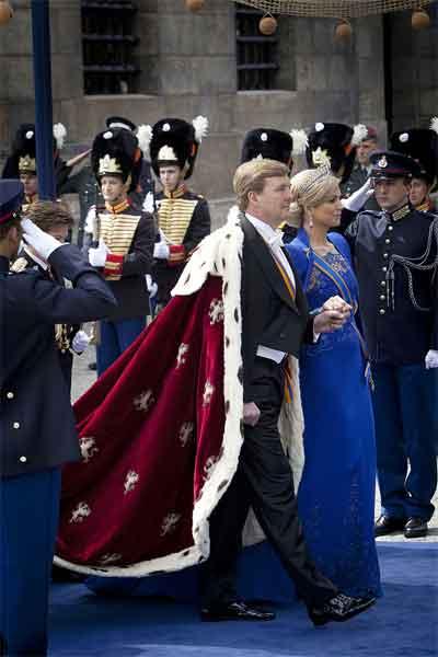 Jan Taminiau Blauwe Jurk Maxima tijdens Kroning